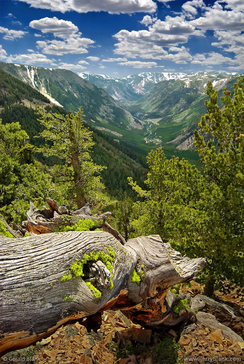 #00502 - Scenic view from the Rock Creek Overlook on US Highway 212 south toward Beartooth Pass, from the Montana side